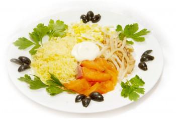 Салат с морепродуктами - «Морской каприз»
