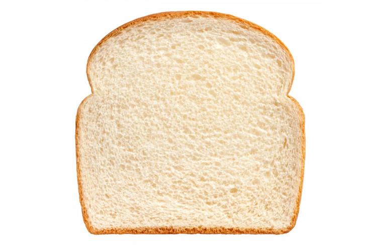 Хлеб белый - кусочек